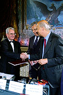 An agreement has been signed providing charitable funds for the restoration of the Hermitage rooms displaying French art